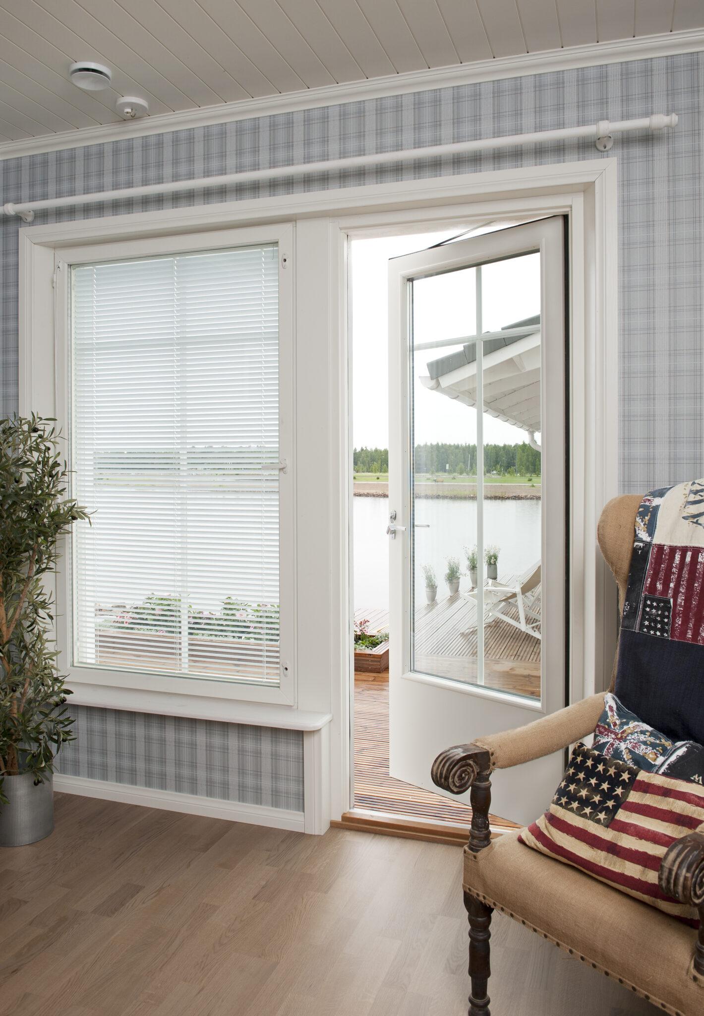 Livonia Partners ostis enamusosaluse juhtivas aknatootjas Fenestra