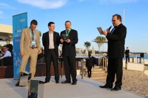 Auhinna üleandmine Cannes 2